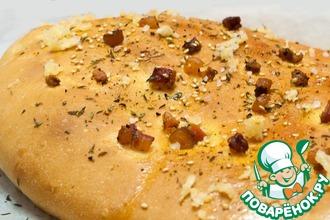 Быстрый хлеб с копченой грудинкой