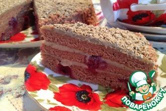Шоколадно-вишневый торт с халвой