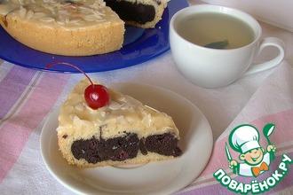 Кекс с шоколадно-вишневой начинкой