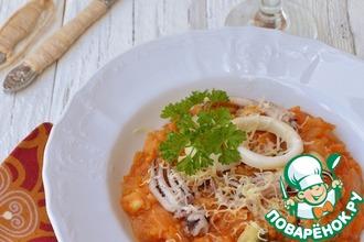 Ризотто томатное с морепродуктами и сыром в мультиварке