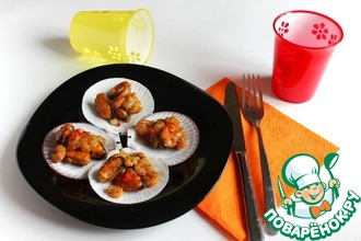 Горячая закуска из морепродуктов с соевым соусом