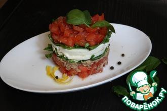 Салат с тунцом и базиликом