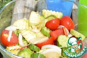 Быстрый маринованный салат для пикника