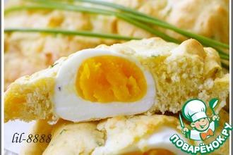 Яйца в сырных булках
