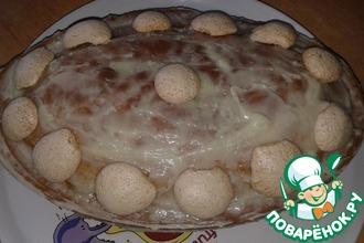 Сметанный пирог с полусферами безе