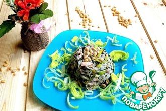 Куриный салат с рисом и ароматной заправкой