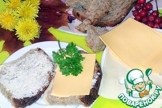 Хлеб из ржаной и пшеничной муки с сыром