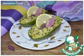 Десерт из авокадо со сливками
