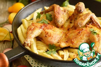 Ароматный цыпленок с жареным картофелем