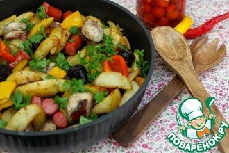 Картофельная сковорода с колбасками
