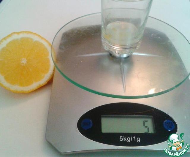 Отмеряем сок лимона или 6% уксуса.