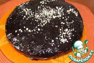 Шоколадный торт с нежным творожным дном