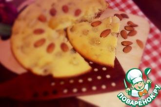 Виноградно-финиковый пирог с орехами