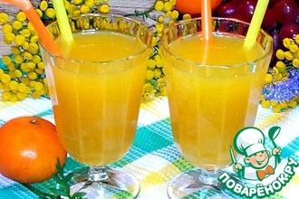 Фруктово-ягодный сок