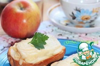 Горячие бутерброды с сыром и яблоком
