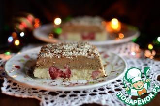 Кофейно-сливочный десерт с ягодами