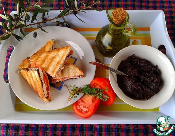 Оливковая паста с каперсами и вялеными томатами