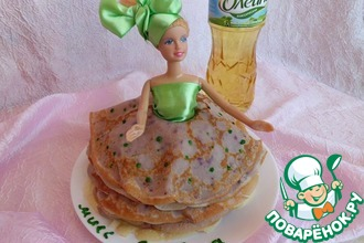 Блинный торт-кукла