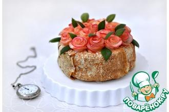 Блинный торт с карамельным муссом и фруктами