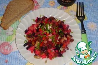 Овощной салат с фасолью и изюмом