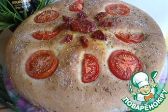 Постный хлеб с помидорами и розмарином