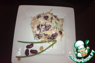 Салат с копчёной куриной грудкой и огурцом