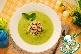 Суп из горошка с рисом и мятой