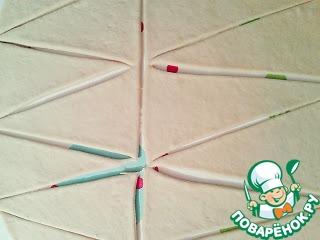 Каждый пласт разрезать на треугольники