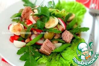 Овощной салат с тунцом и фасолью