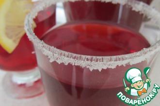 Напиток из каркаде с имбирем