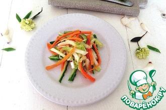 """Салат из свежих овощей """"Весенняя легкость"""""""