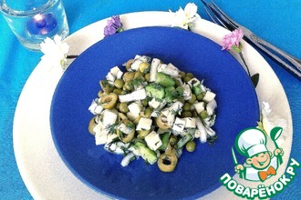 Салат с овощами и сулугуни