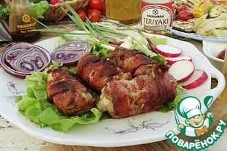 Куриное филе с сыром дорблю и беконом