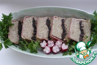 Террин из свинины с черносливом