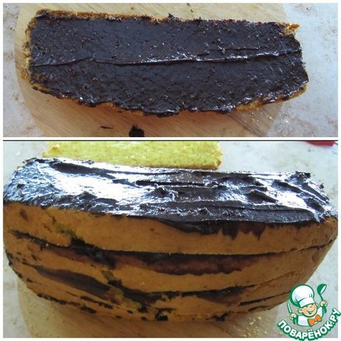 Кекс разрезать вдоль пополам, затем каждую часть разрезать еще на 3 части, всего - 6 длинных полосок кекса. Намазать полоску кекса растопленным шоколадом, сверху положить следующую, намазать и т. д. Собирать, естественно нужно, чтобы не нарушить первоначальный вид кекса.