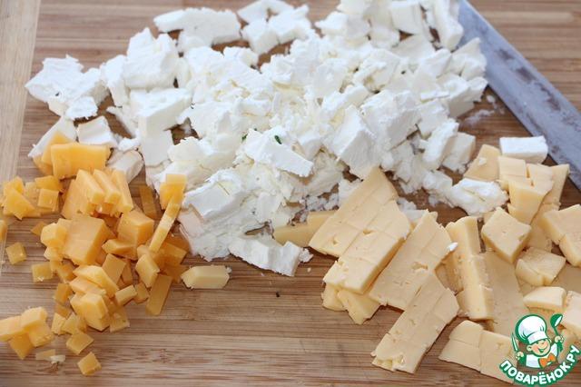 Брынзу и все виды сыра нарезать кубиками