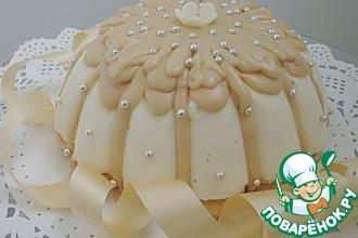 """Торт """"Птичье молоко"""" с карамельной глазурью"""