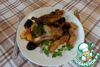 Тушеное мясо нутрии с айвой и черносливом