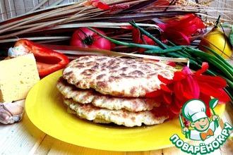 Рисово-сырные лепешки с чесноком