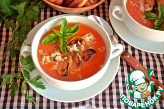 Томатный суп с рисом и мидиями