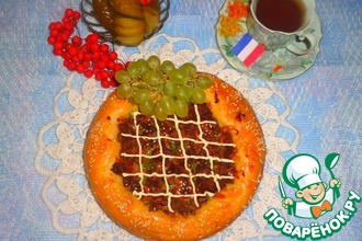 """Пирог """"Крут де домб"""" с мясом и зеленым горошком"""