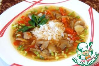 Постный томатный суп с шампиньонами