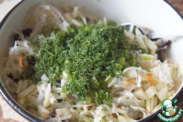Добавить при желании мелко нарезанную зелень и зеленый лук.