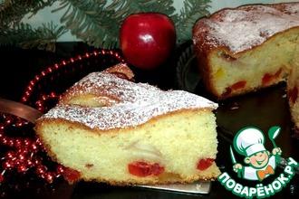 Яблочный пирог с творогом и цукатами