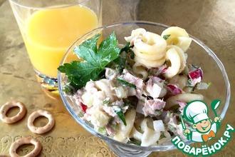 Средиземноморский салат с пастой