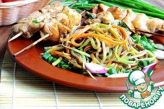 Шашлычки гармошки с овощными спагетти