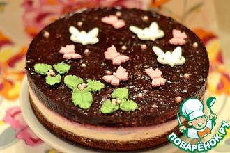 Шоколадно-творожный торт с ягодами