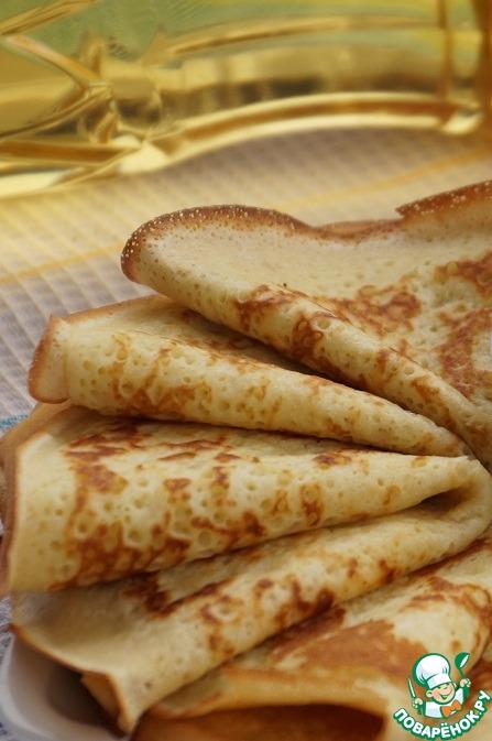 Испеките блины по вашему любимому рецепту.   Я готовила манно-овсяные блины вот по этому рецепту:        http://www.povarenok .ru/recipes/show/121  934/
