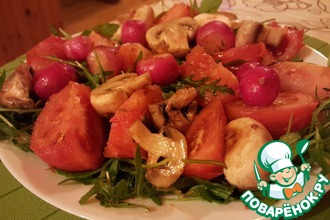 Тёплый салат с рукколой