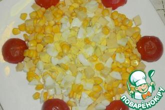 Яичный салат с помидорами-черри